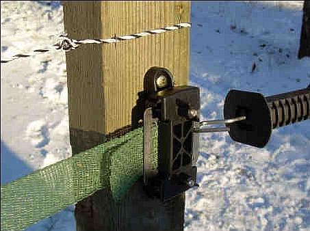 Dřevěný hranatý kůl pro elektrické ohradníky
